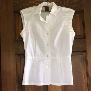 Abaete shoulder detail blouse
